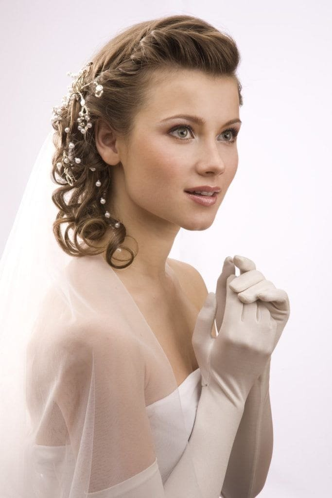Free Vintage Wedding Hairstyles To Inspire Your Wedding Wallpaper