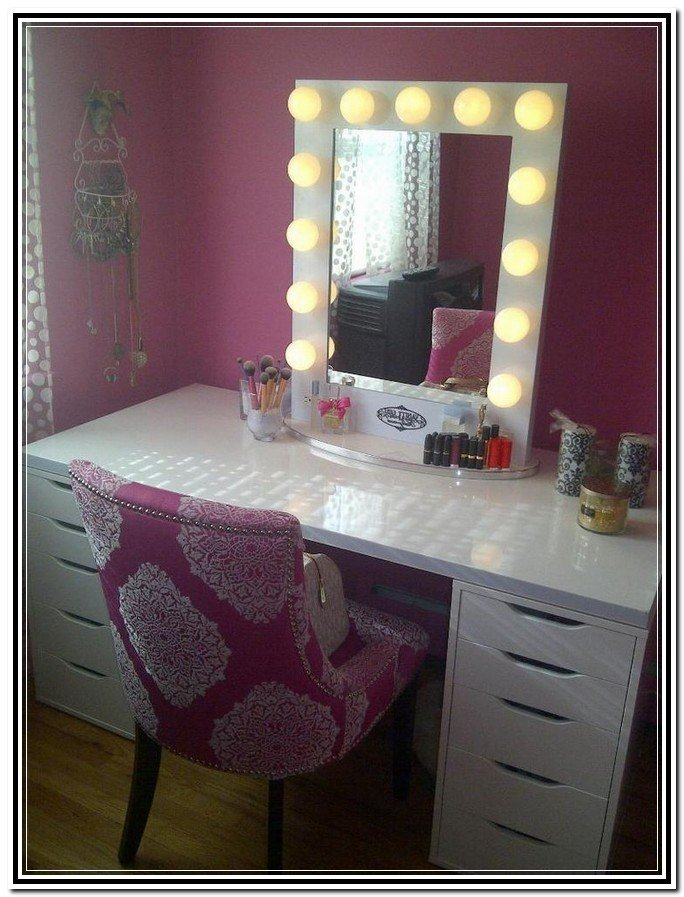Best Awesome Lighted Vanity Table With Mirror And Bench With Pictures