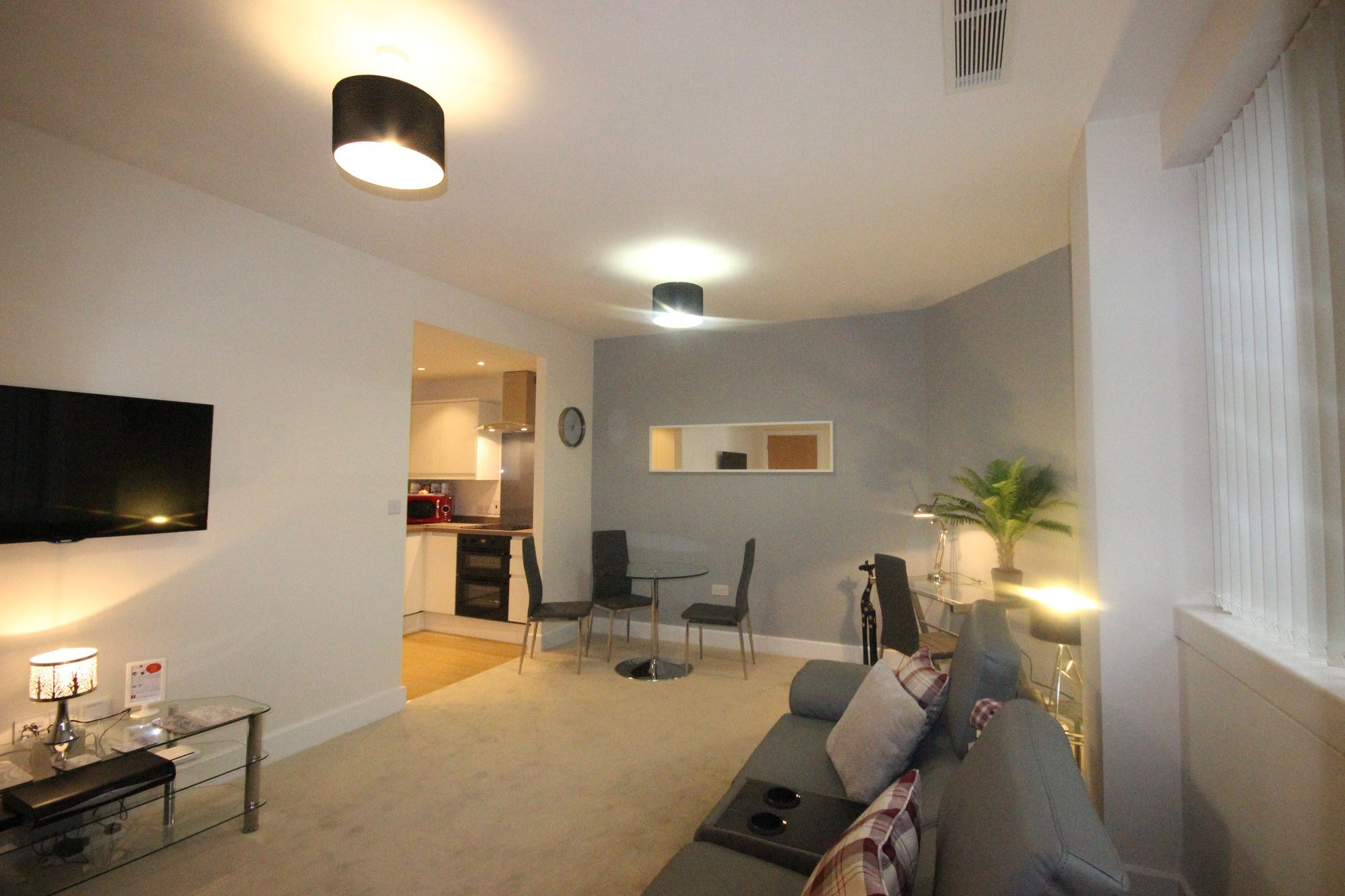 Best 2 Bedroom Charter House Serviced Apartment In Milton Keynes With Pictures