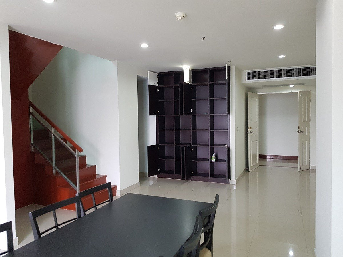 Best Spacious 2 Bedroom 3 Bathroom Duplex Condo In The Heart Of With Pictures