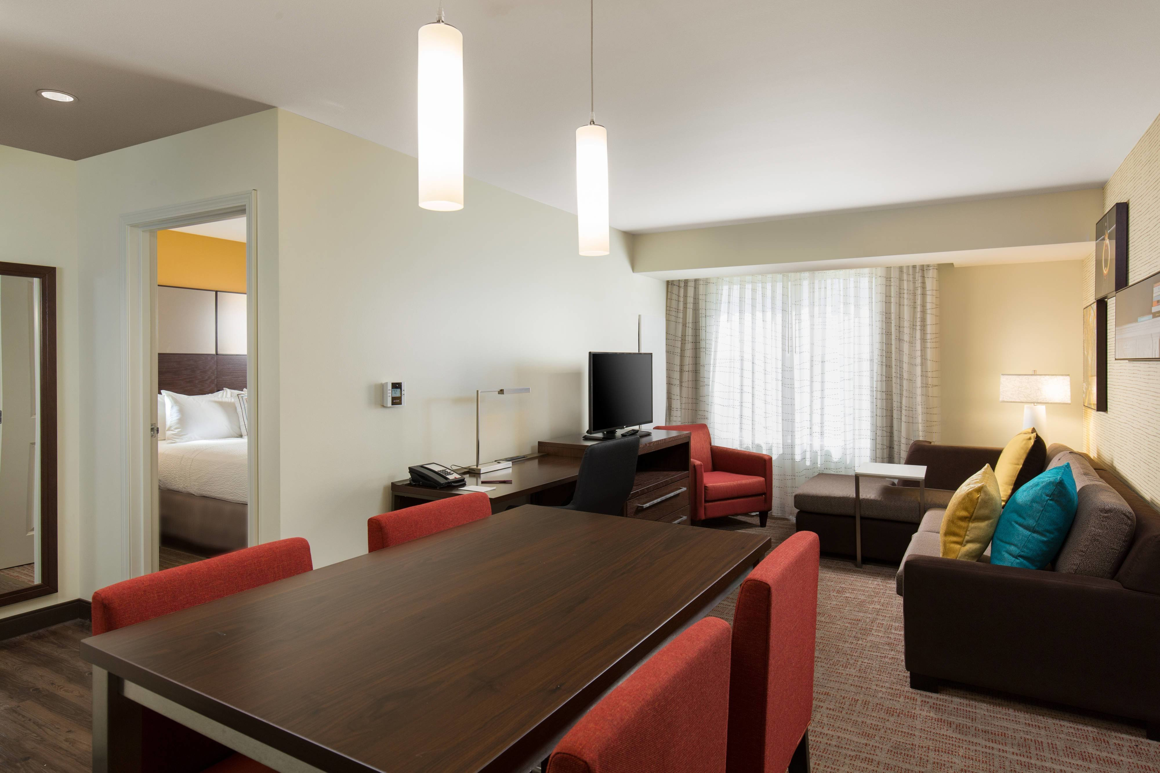 Best Hotel Rooms Amenities Residence Inn Denver Stapleton With Pictures
