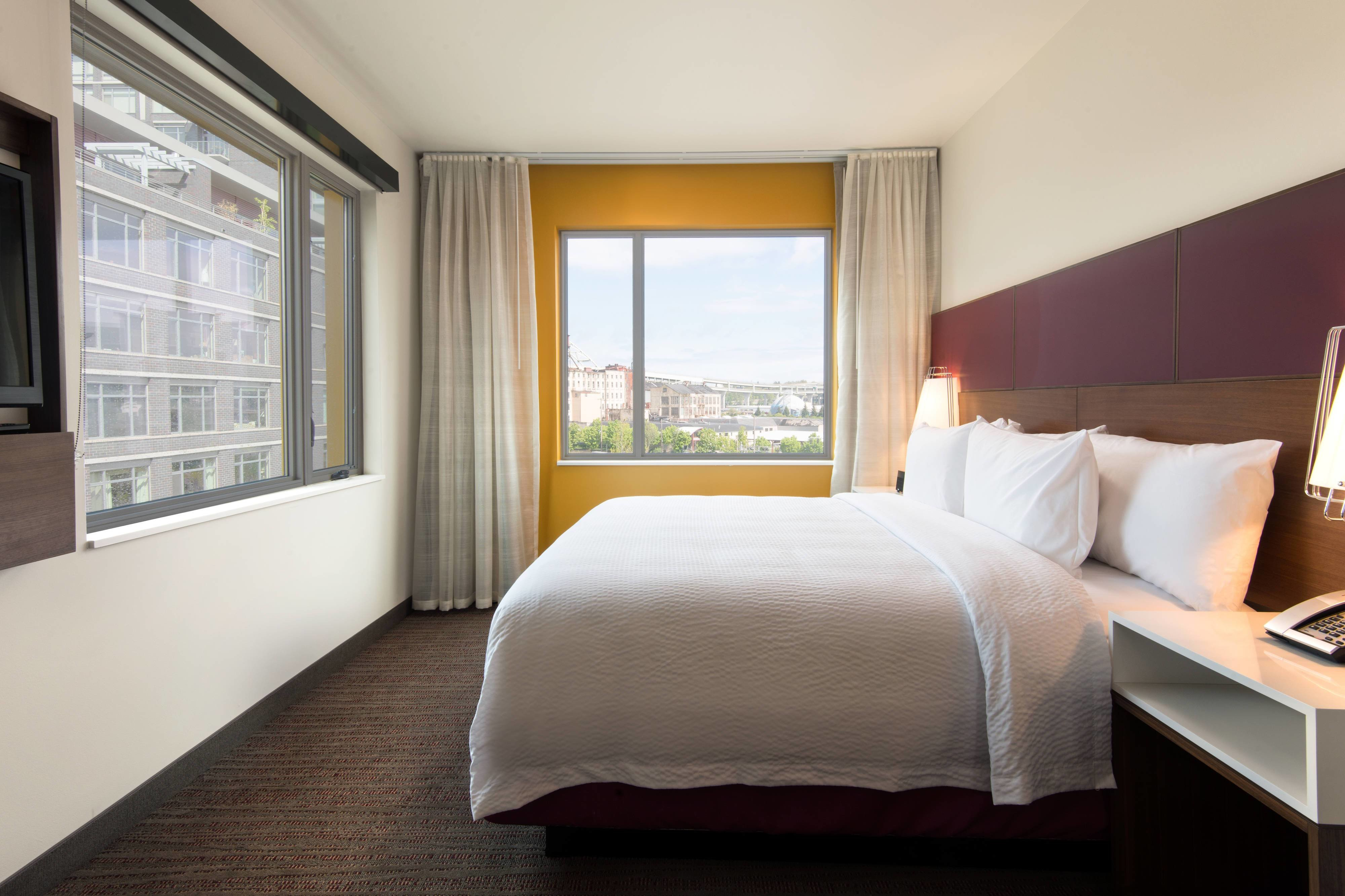 Best Portland Hotels With Suites Residence Inn Portland Downtown Pearl District With Pictures