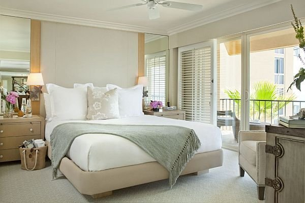 Best P*Nth**S* Style Bedrooms How To Decorate With A Sleek Theme With Pictures