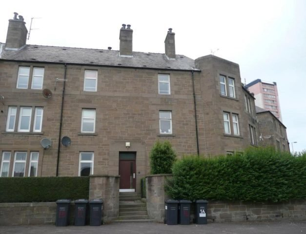 Best Flat To Rent 3 Bedrooms Flat Dd1 Property Estate With Pictures