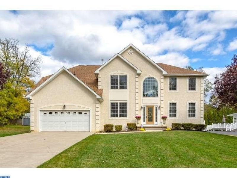 Best Price Drops On 4 Bedroom Cinnaminson Home Cinnaminson With Pictures