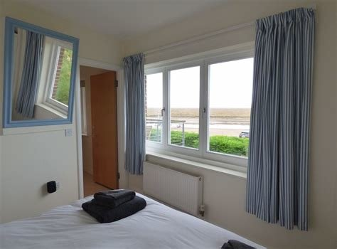 Best Norfolk Holiday Cottage To Rent In Burnham Overy Staithe With Pictures