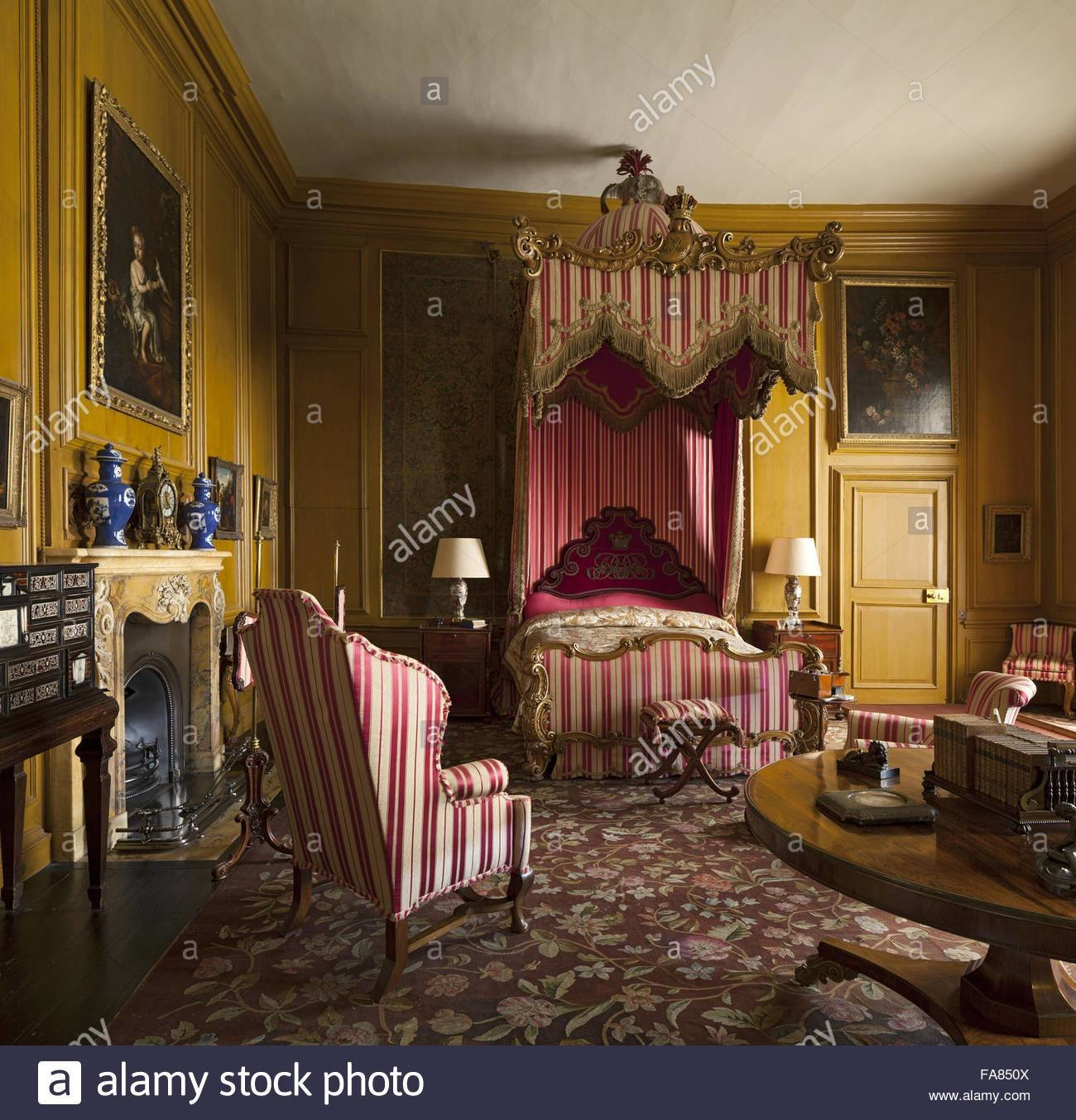 Best The Queen S Bedroom At Belton House Lincolnshire The Room Is Named Stock Photo 92377962 Alamy With Pictures