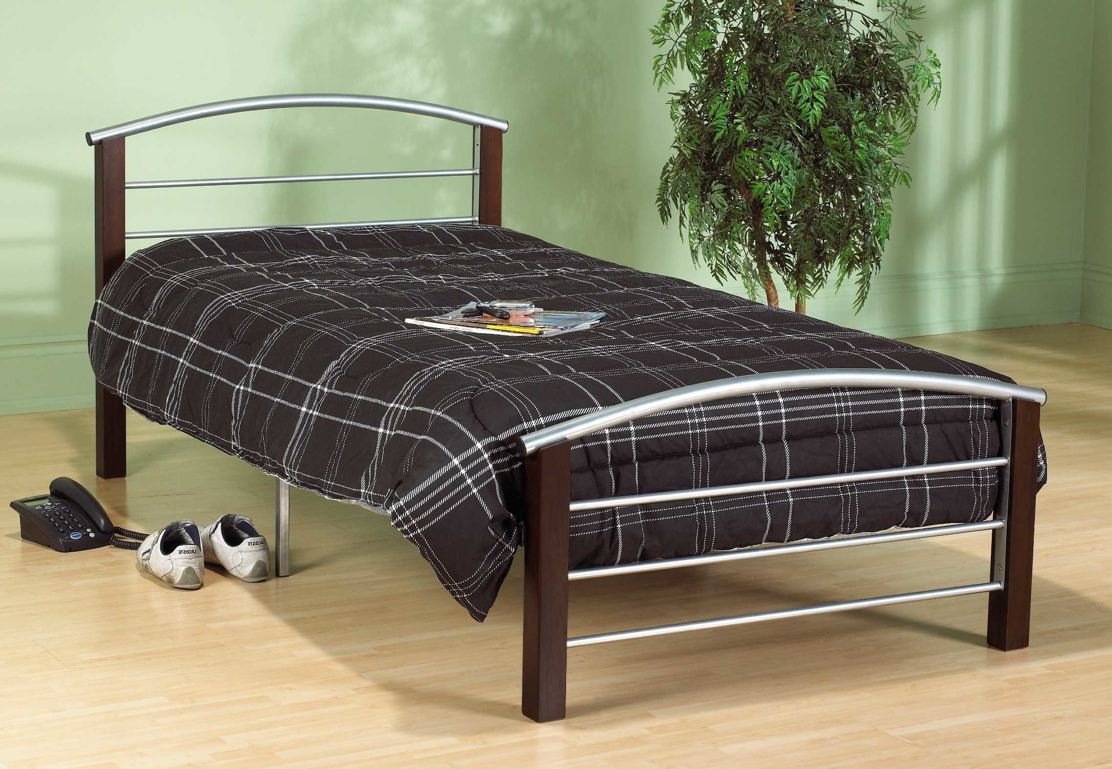 Best Silver Metal And Dark Cherry Mattress Store In Hamilton With Pictures