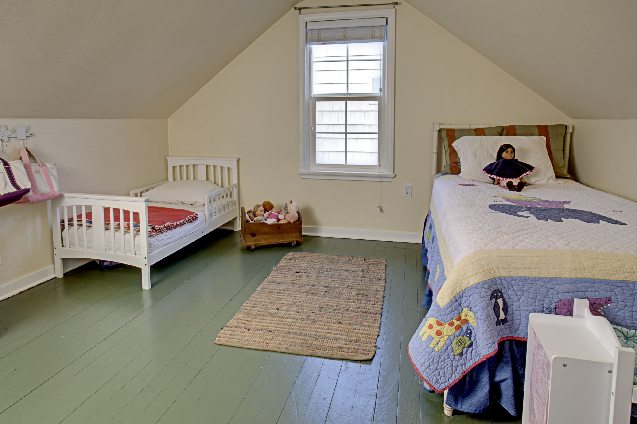 Best Before After A Cozy Cape Cod Gets A Makeover Hooked With Pictures