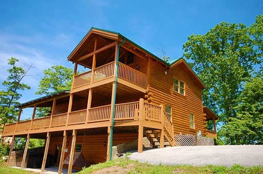 Best Black Bear Lodge 4 Bedroom Vacation Cabin Rental In Pigeon Forge Tn With Pictures