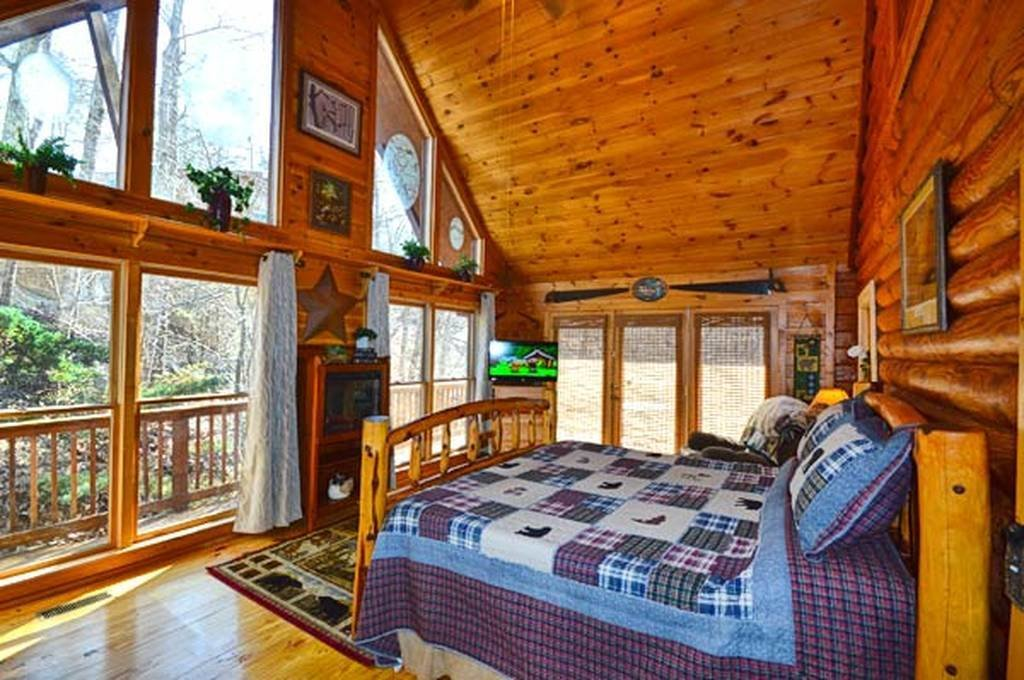 Best Bear Mountain Hideaway 3 Bedroom Vacation Cabin Rental In With Pictures