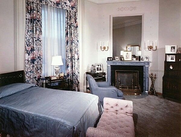 Best 19 Best Jackie Kennedy S White House Bedroom Suite Images With Pictures