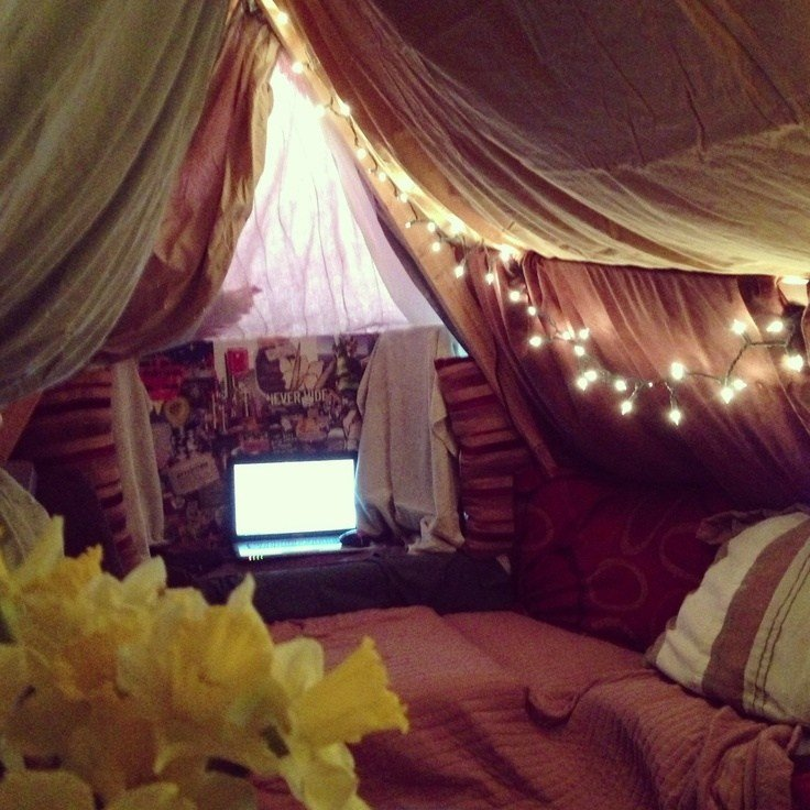 Best 61 Best Epic Pillow Fort Images On Pinterest Blanket With Pictures