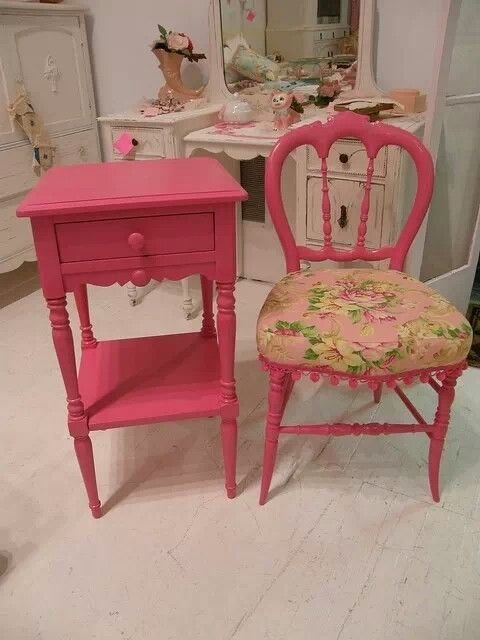 Best Pink Side Table And Chair Bedroom In 2019 Painted With Pictures