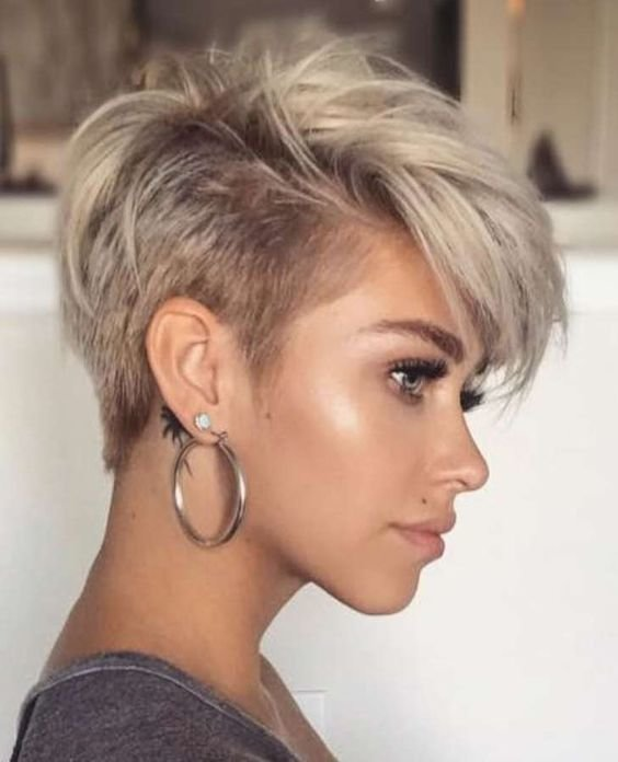 Free 52 Inspiring Short Hairstyles 2019 For Women Over 30 Wallpaper