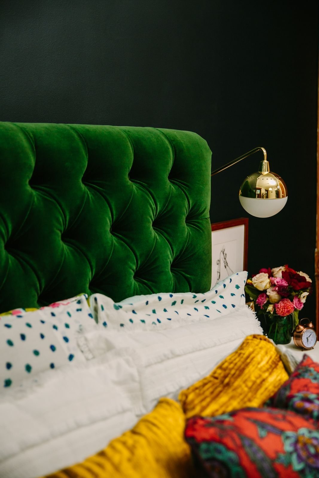 Best Rich Bedroom Colors And Patterns Emerald Green Gold With Pictures