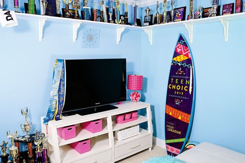 Best Chloe Lukasiak Sleepover Room Get Decor Ideas From Dance Moms Star Celebrity Bedrooms With Pictures
