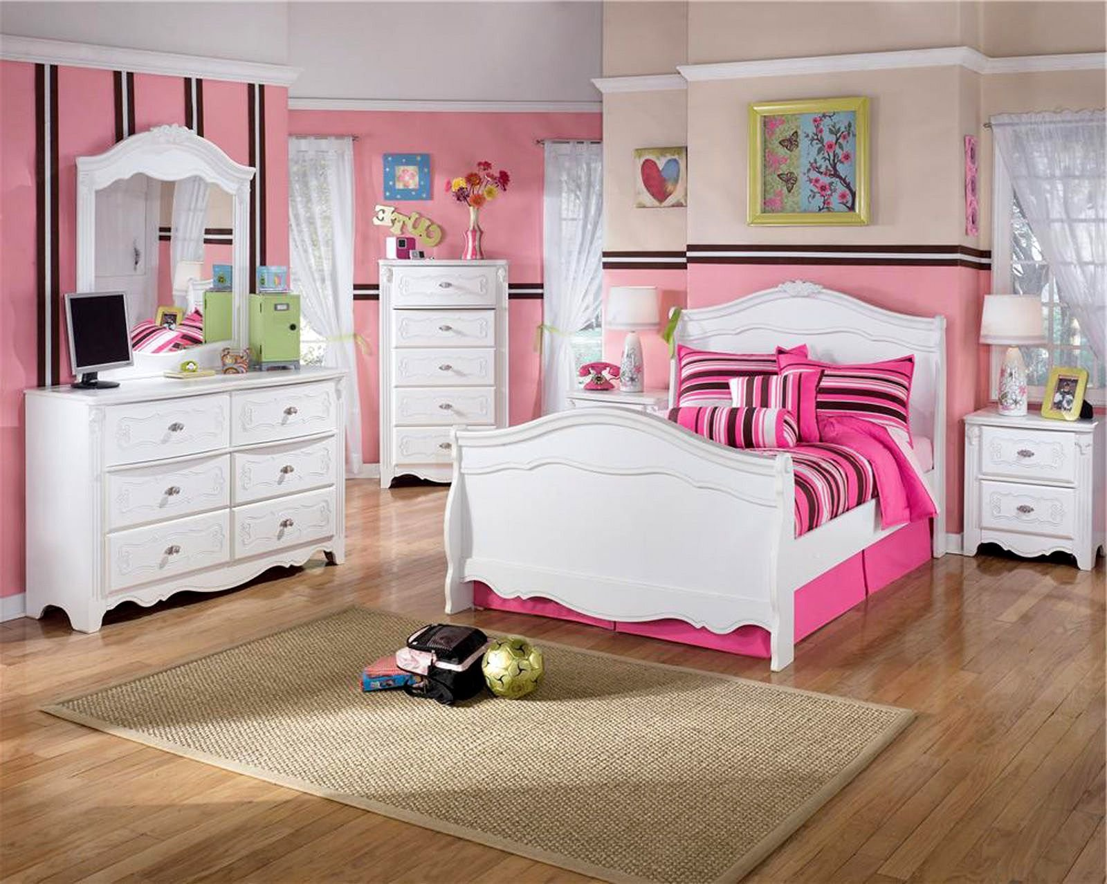 Best Girly Twin Bedroom Set Idea With Pretty White Sleigh Bed With Pictures