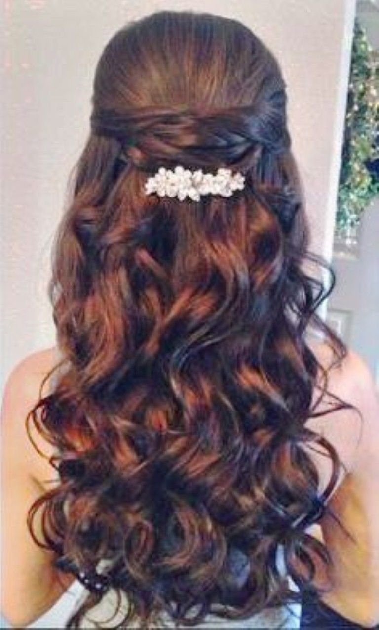 Free Quinceanera Hairstyles With Curls And Tiara Hair Down Google Search Hairstyles Quinceanera Wallpaper