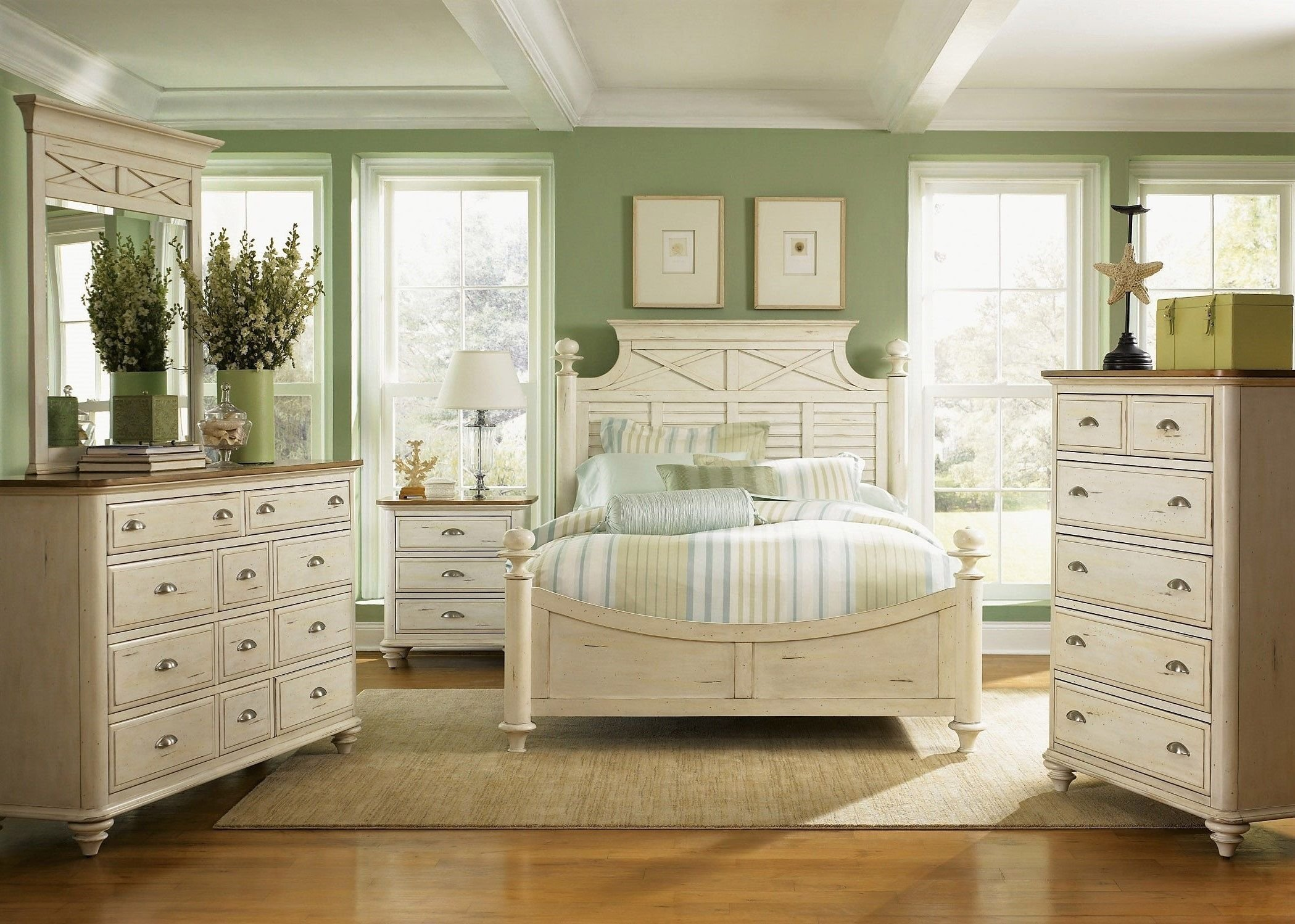 Best Summerville Poster Bedroom Collection Bedroom With Pictures