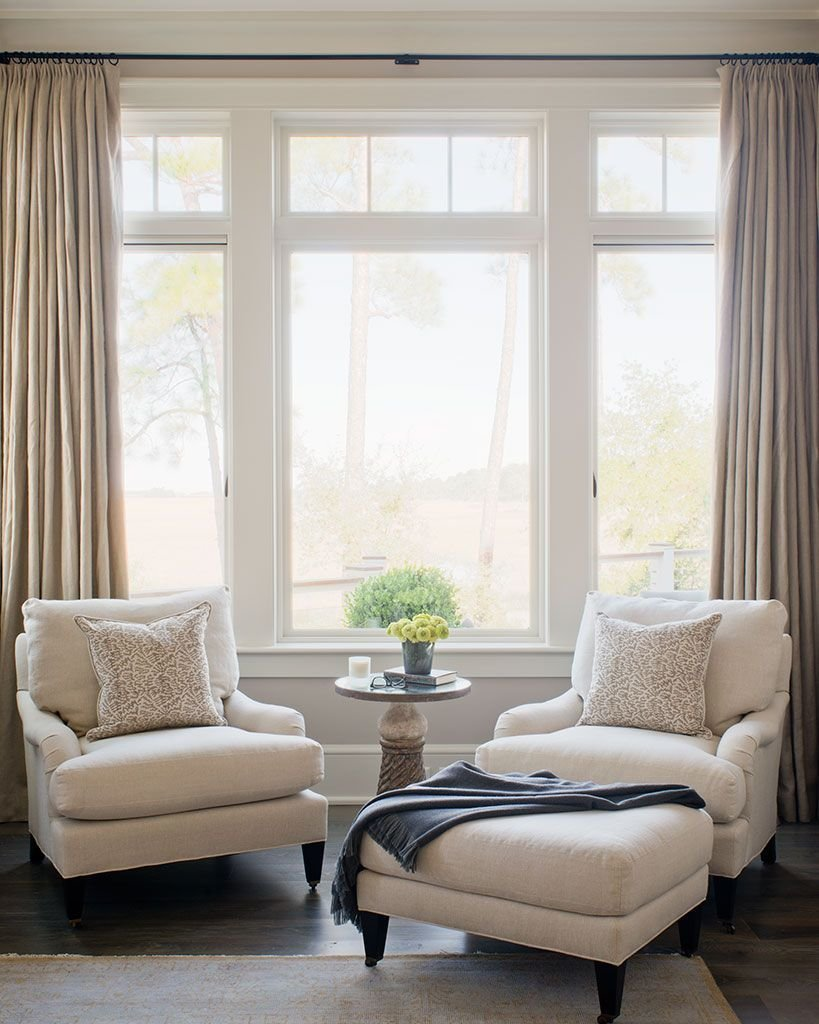 Best How To Match Your Bedroom Chair With A Contemporary Rug Bedroom Ideas Bedroom Seating Home With Pictures