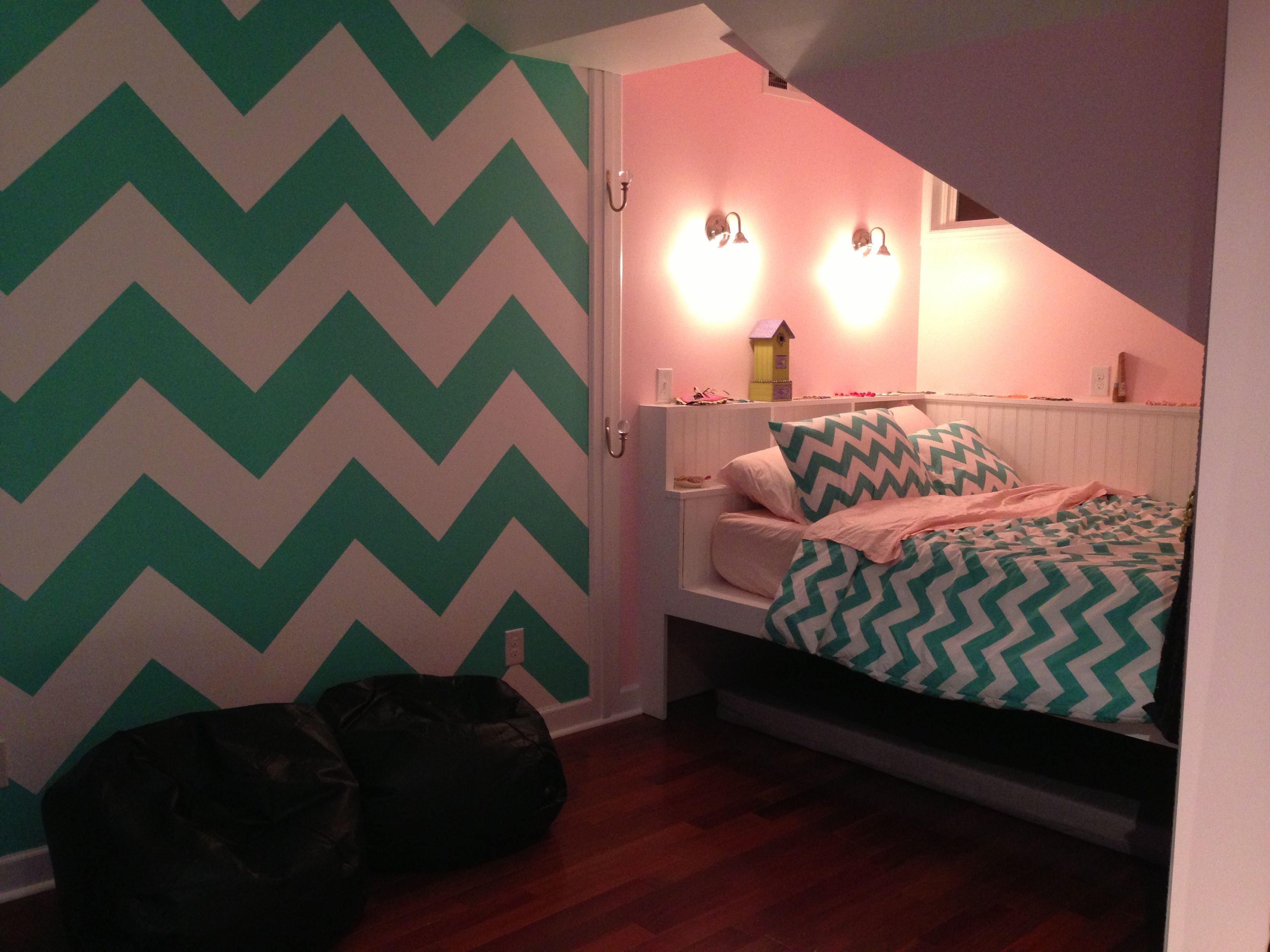 Best Chevron Painted Wall In T**N Room Girl Room Ideas With Pictures