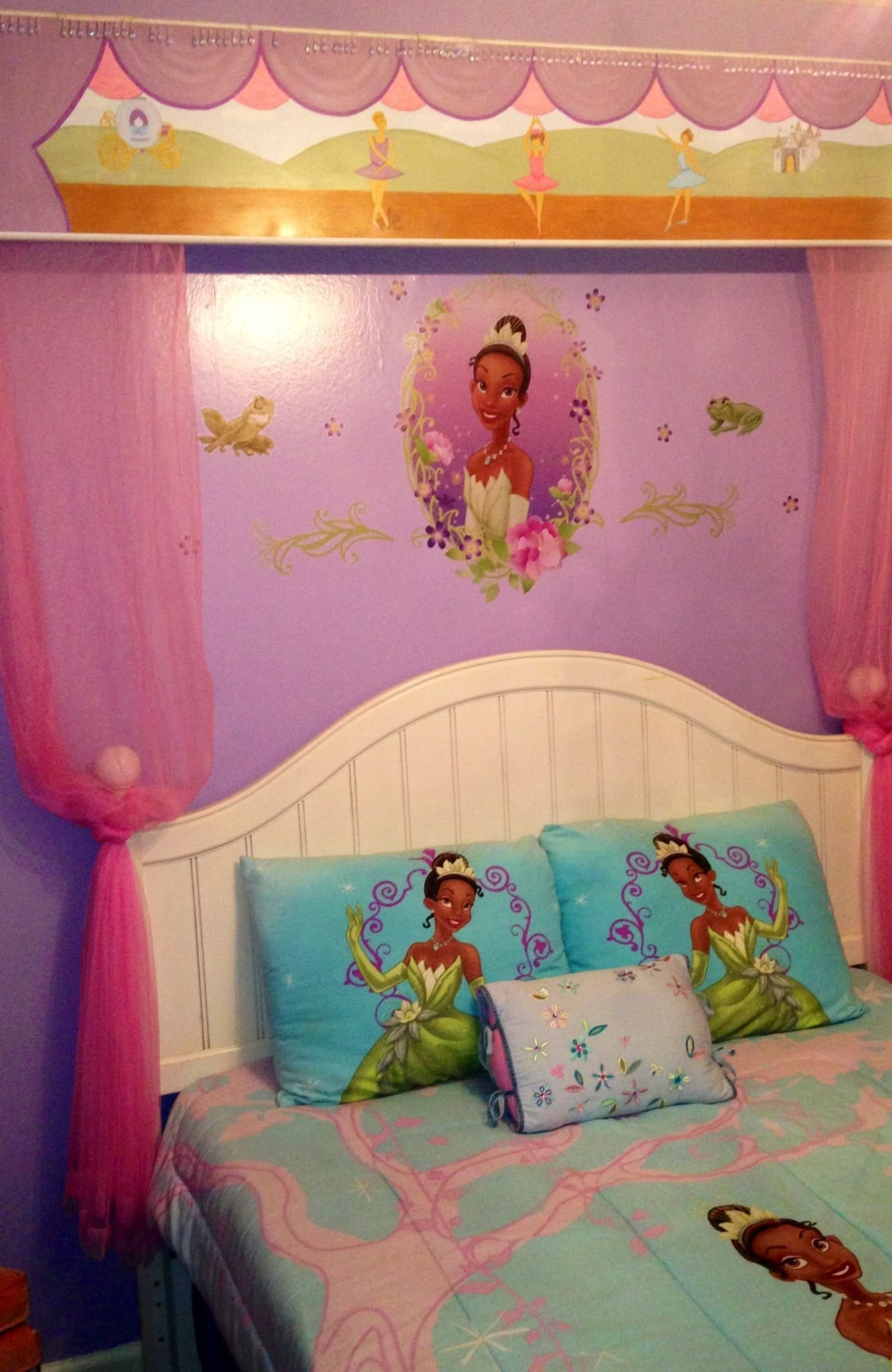 Best Disney S Princess Tiana Themed Bedroom Home Decor With Pictures