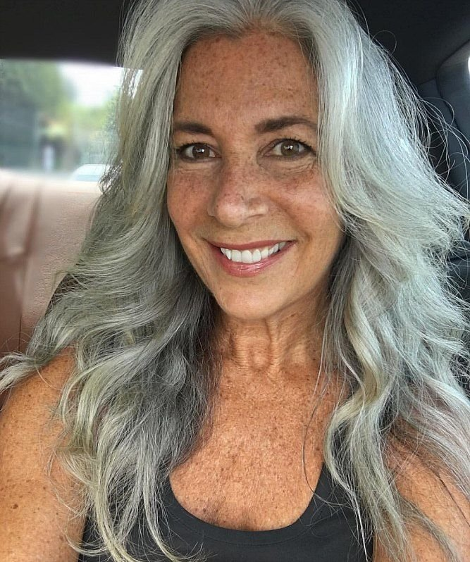 Free 3 Ways To Wear Gray Hair Over 40 Hair Hair Styles Wallpaper