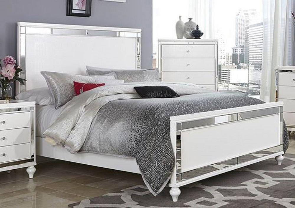 Best Glitzy 4 Pc White Mirrored Queen Bed N S Dresser Mirror With Pictures