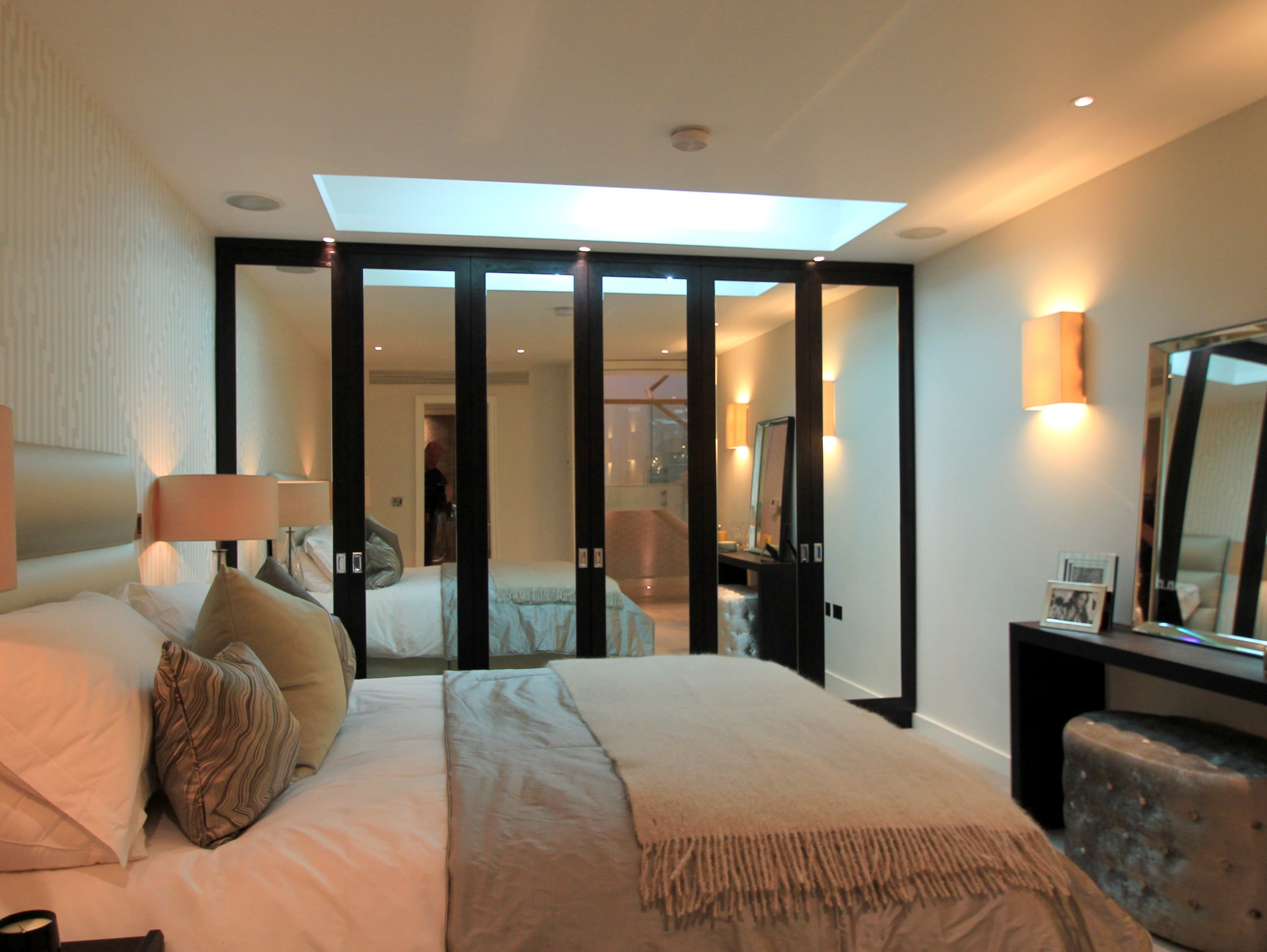 Best Parans Sp3 Brings Direct Sunlight Into A London Basement Bedroom Basement Ideas In 2019 With Pictures