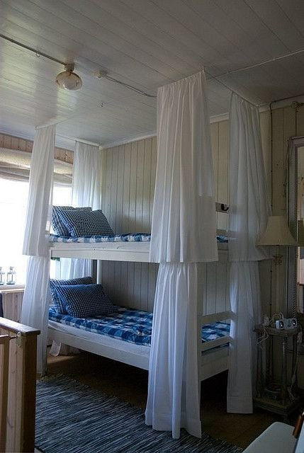 Best Love The Curtains Around Each Bunk Bed Gives Each Person With Pictures