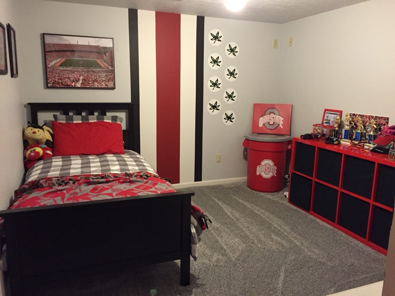 Best Owen S Ohio State Bedroom Furniture From Ikea Painting With Pictures