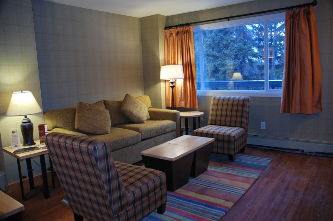 Best Three Bedroom Condo Inns Of Banff Banff Condos Banff With Pictures
