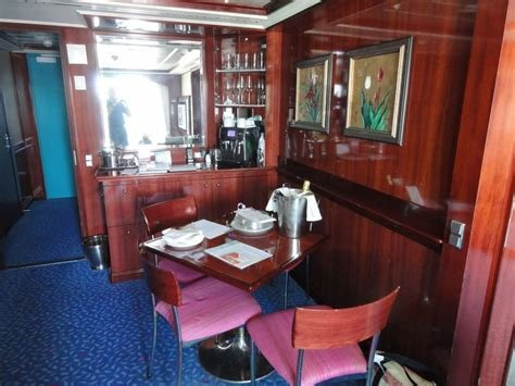 Best Norwegian Pearl 2 Bedroom Family Suite Www Indiepedia Org With Pictures