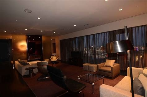 Best 2 Bedroom Suite At Palms Place Psoriasisguru Com With Pictures