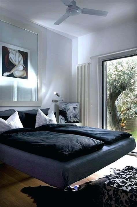 Best Royal Blue And White Bedroom Decor Psoriasisguru Com With Pictures
