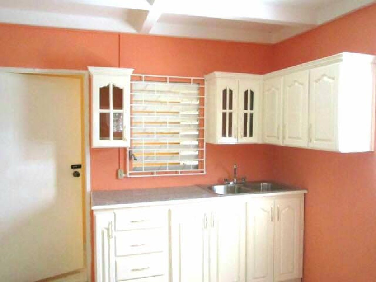 Best 3 Bedroom 2 Bathroom House For Sale In Portmore Pines St With Pictures