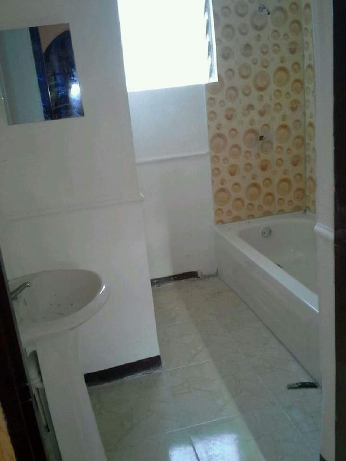 Best 4 Bedroom House For Rent In Kingston In Off Windward Road With Pictures