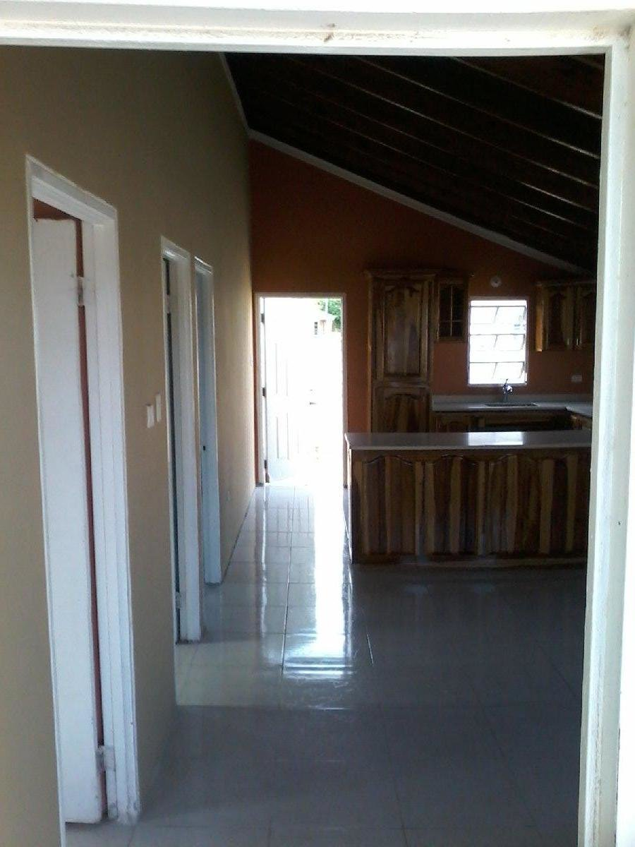 Best 2 Bedroom 1 Bathroom House For Rent In Magil Palms St With Pictures Original 1024 x 768