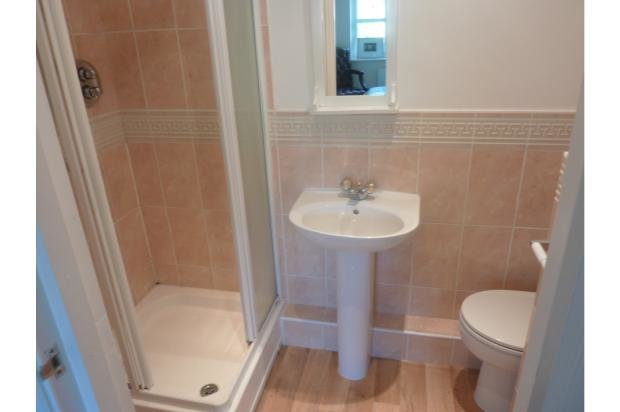 Best 2 Bedroom Flat Sold In Bournemouth Bh8 With Pictures
