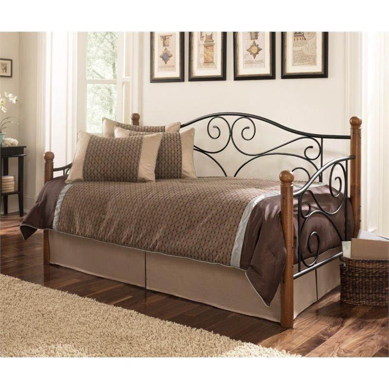 Best Pemberly Row Daybed With Link Spring In Matte Black And Walnut Pr 527988 With Pictures