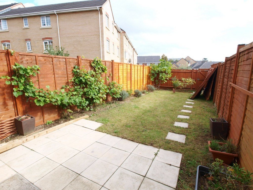 Best Property To Rent Oxford Avenue Southgate N14 2 Bedroom House Through Alex Marks Ltd With Pictures