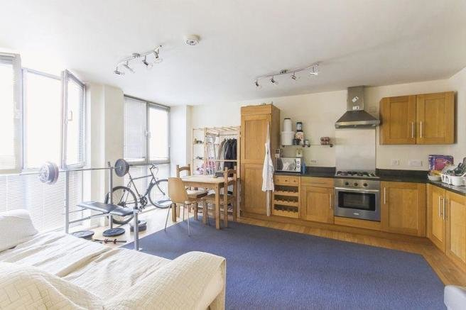Best 2 Bedroom Flat For Sale In Brook House Brook Street Derby With Pictures