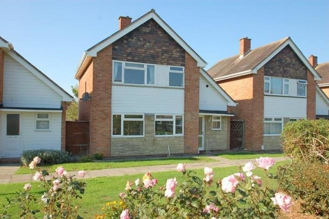 Best 3 Bedroom Detached House For Sale In Mallard Gardens Peel With Pictures
