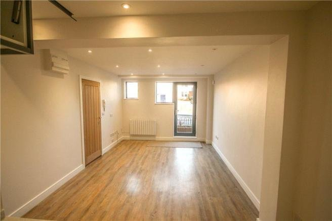 Best 1 Bedroom Apartment For Sale In Reading Road South Fleet Gu52 Gu52 With Pictures