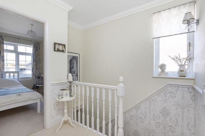 Best 3 Bedroom Detached House For Sale In Arcadian Avenue Bexley Da5 With Pictures