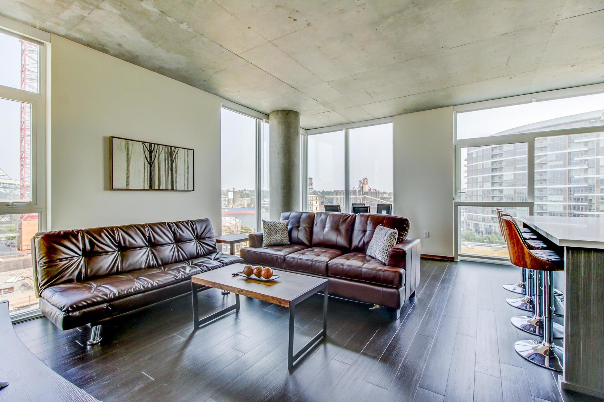 Best Spacious Luxury Apartments In Portland S Pearl District In With Pictures