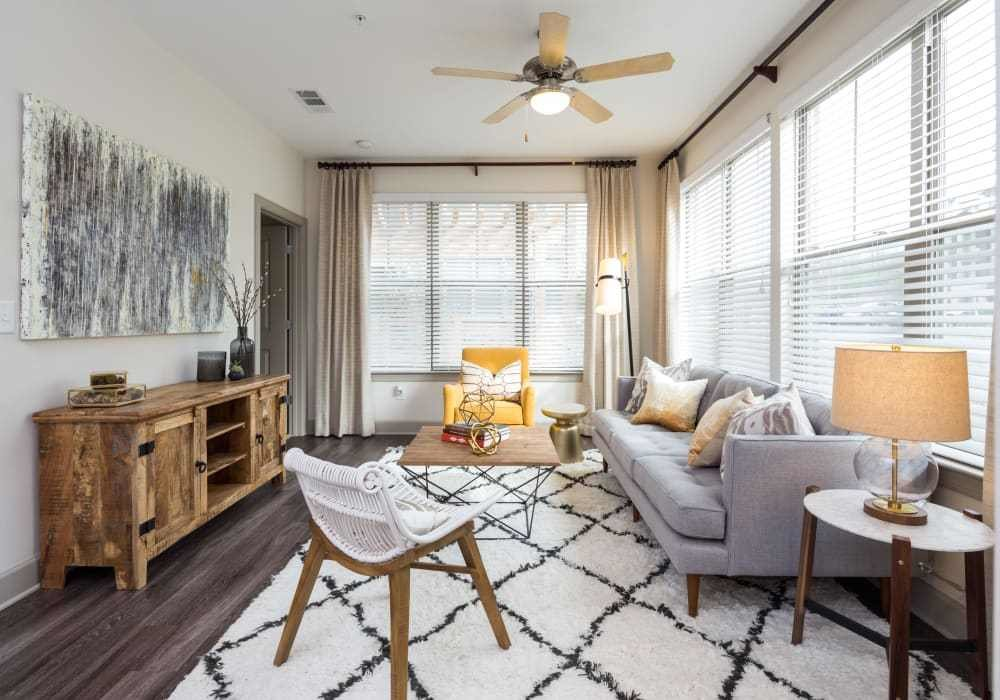 Best Luxury 1 2 Bedroom Apartments In Nashville Tn With Pictures