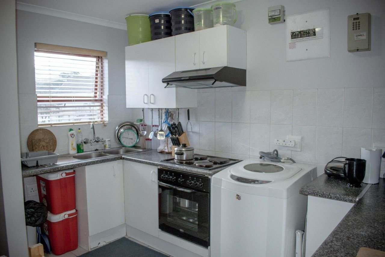 Best 2 Bedroom Flat To Rent In Paarl South With Pictures