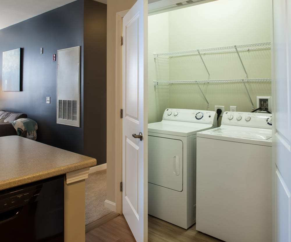Best One Bedroom Washer And Dryer Yelp With Pictures